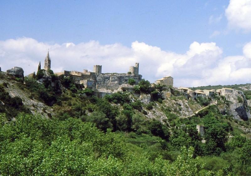 1985 Ardèche Aiguières face à St Martin d'Ardèche